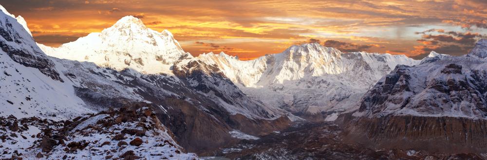 annapurna-himal-mountains-annapurna-circuit-trek